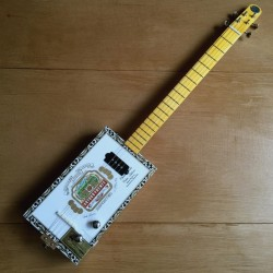 Stlouis Cigarbox Guitar Arturo Fuente 4 Strings