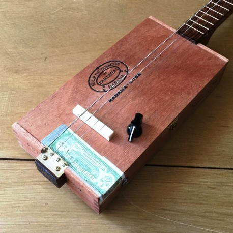 Cigar Box Guitar 4 cordes St Louis Partagas