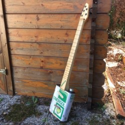 oil can guitar 5 string